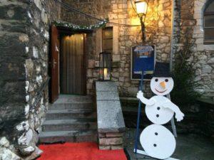 Weltladen beim Weihnachtsmarkt auf der Stolberger Burg @ Burgräume